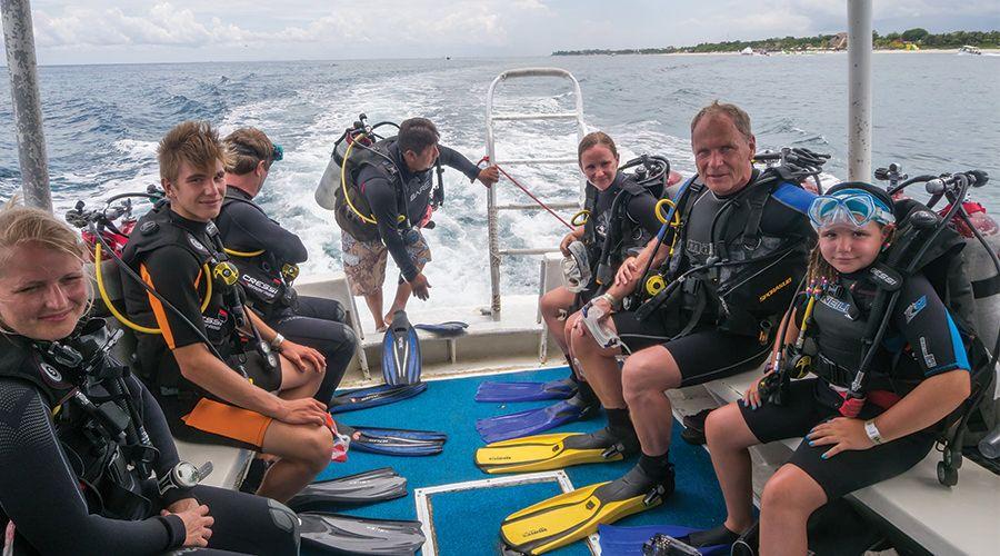 Blue Angel IDC Center 5 days Diving