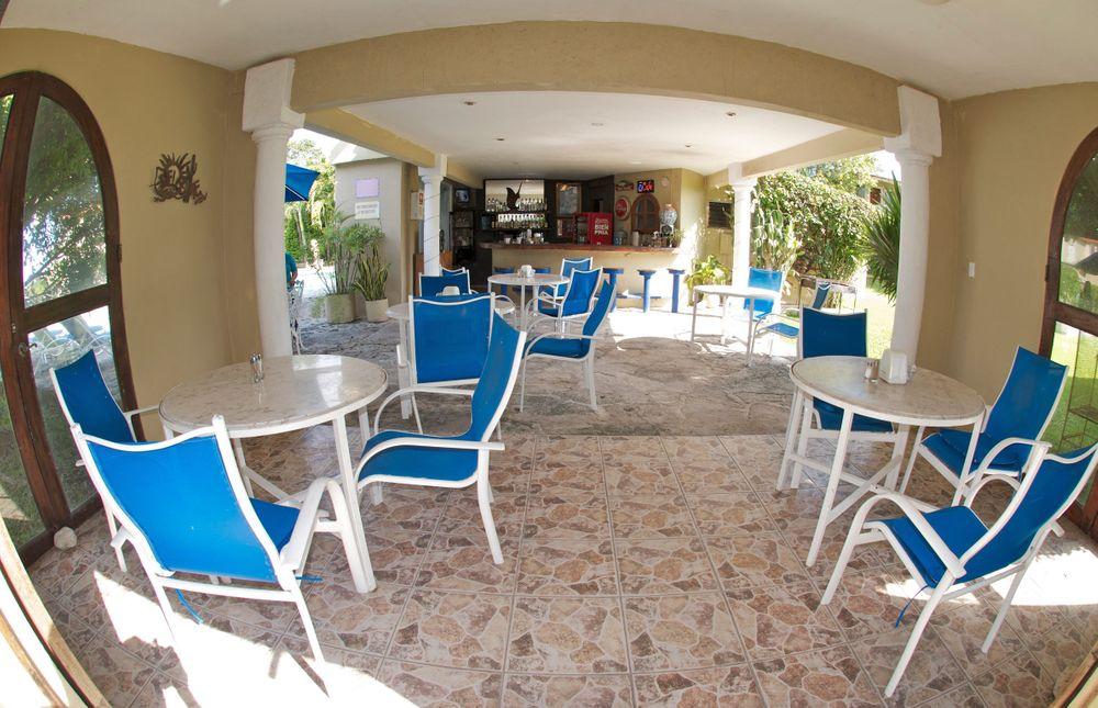 Las Adas Restaurant-Bar