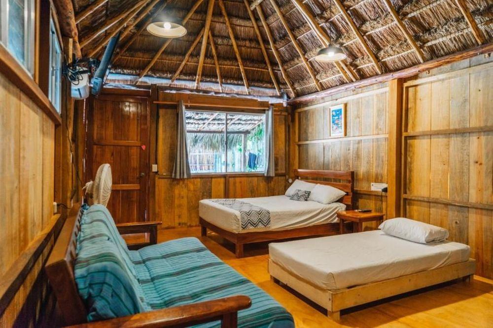 "Hotel & Suites ""Oasis Bacalar"" Cabana"