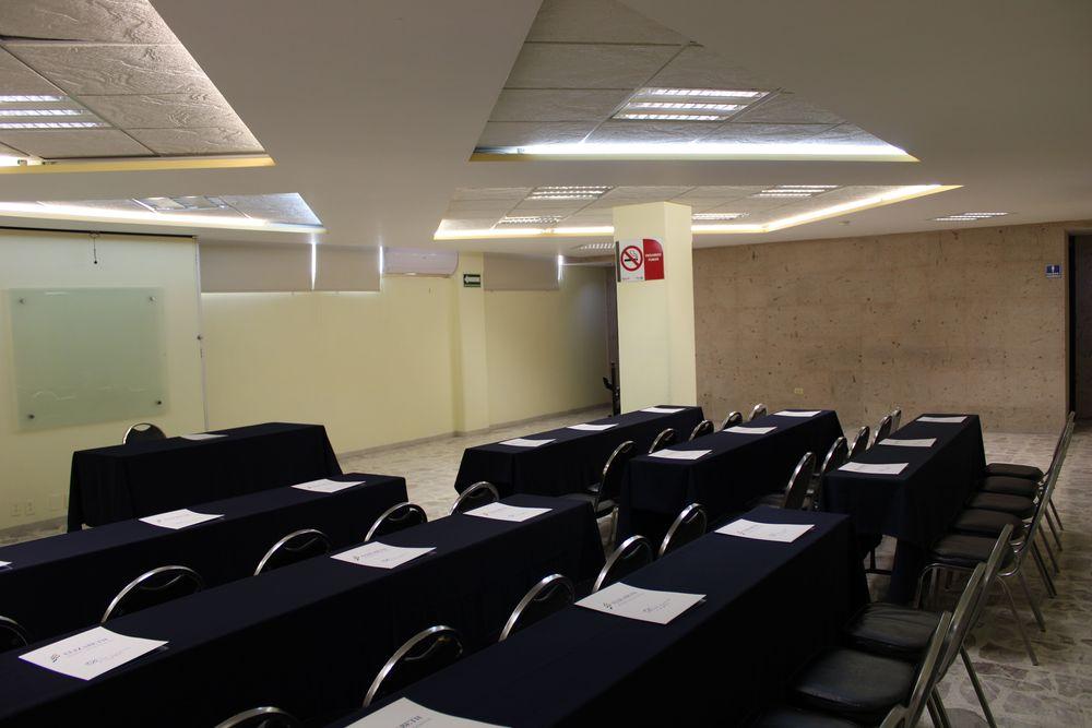 Stephania room