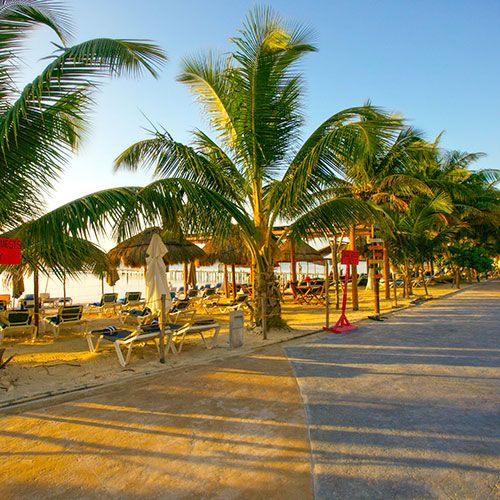 What to do in Mahahual?