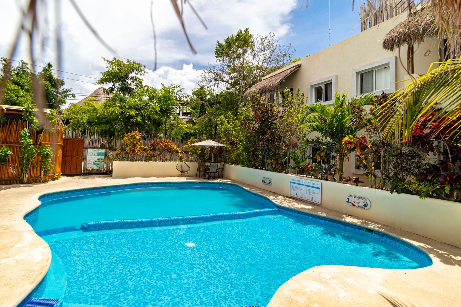 """Hotel & Suites """"Oasis Bacalar"""" Apartment"""