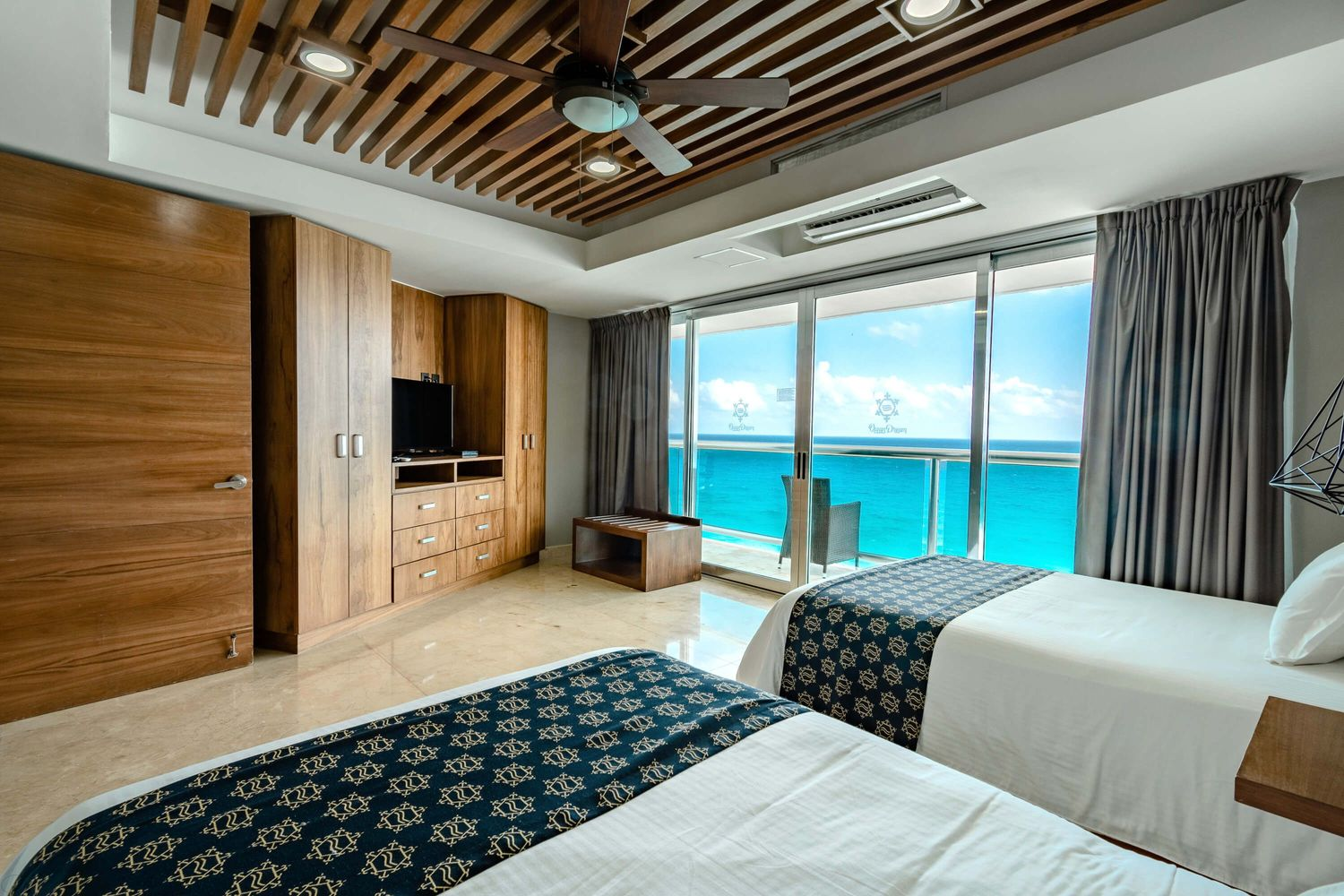 Ocean Dream Cancún by GuruHotel Suite